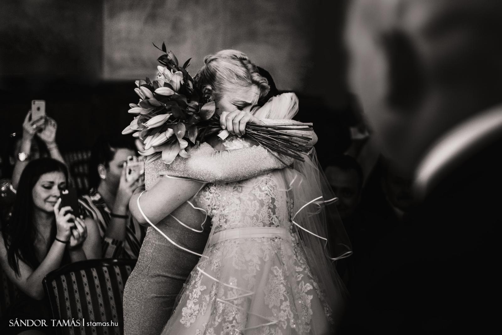 Őszinte érzelmek az esküvőn